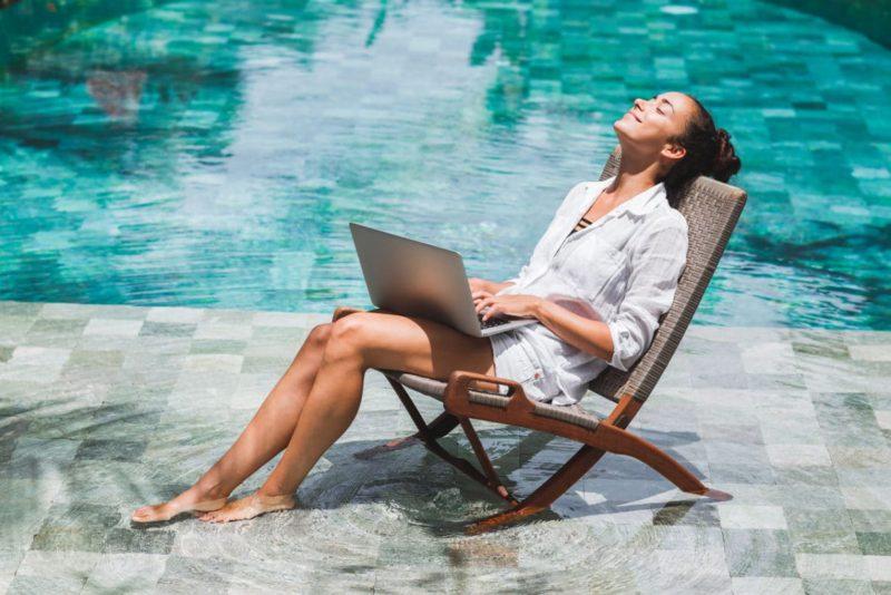 L'ASMR, la nouvelle méthode de relaxation qui cartonnesur Youtube