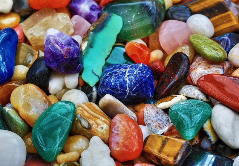 Et si les pierres soignaient nos maux du quotidien