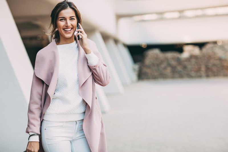 Power dressing: comment transformer vos vêtements en boosters professionnels?