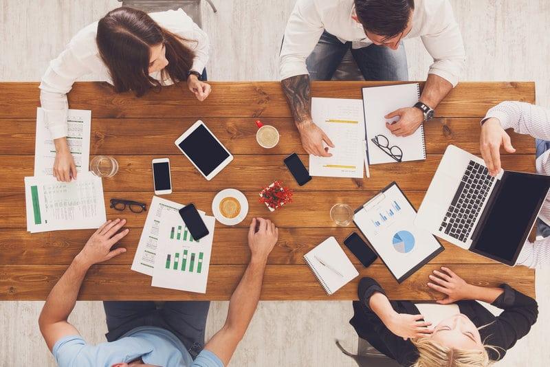 Relations entre grands groupes et start-ups:l'amour à sens unique?