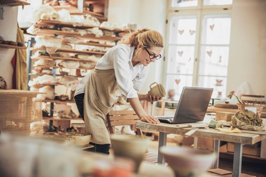 Reconversion professionnelle : les françaises et l'artisanat, une histoire d'amour