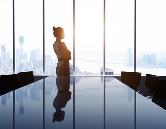Carrière : deux femmes cadres sur trois se sentent pénalisées au travail