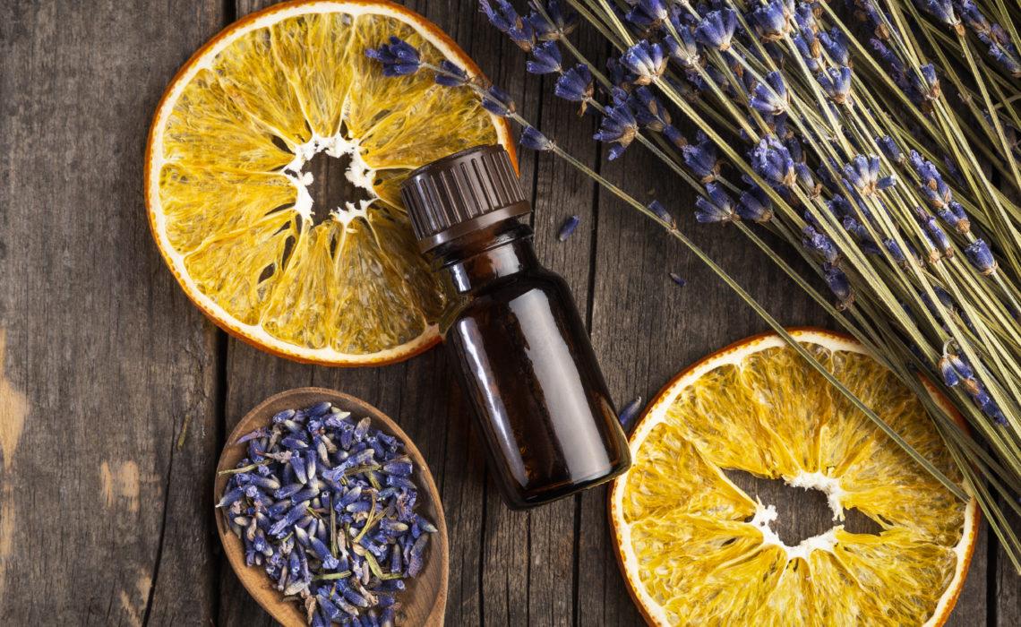 5 huiles essentielles à ajouter à votre routine beauté