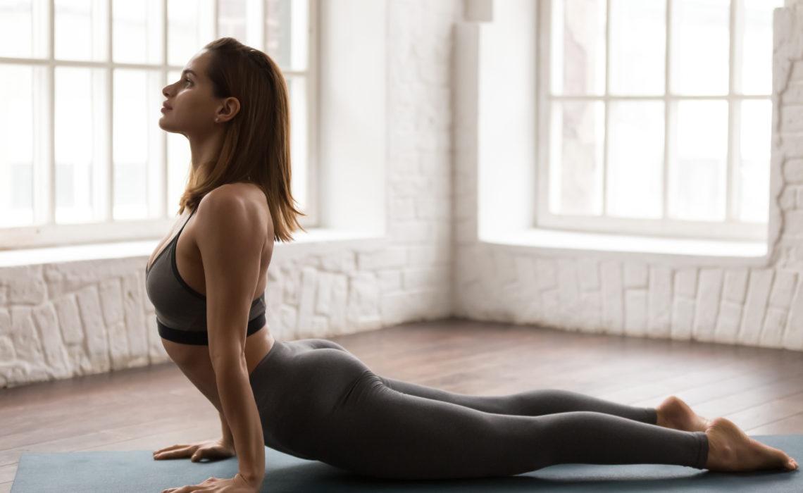 10 postures de yin yoga spécial confinement