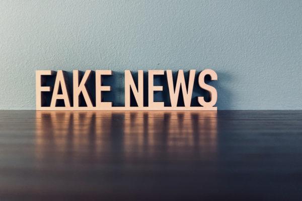 raison, ennemis, institutions, religion, fake news