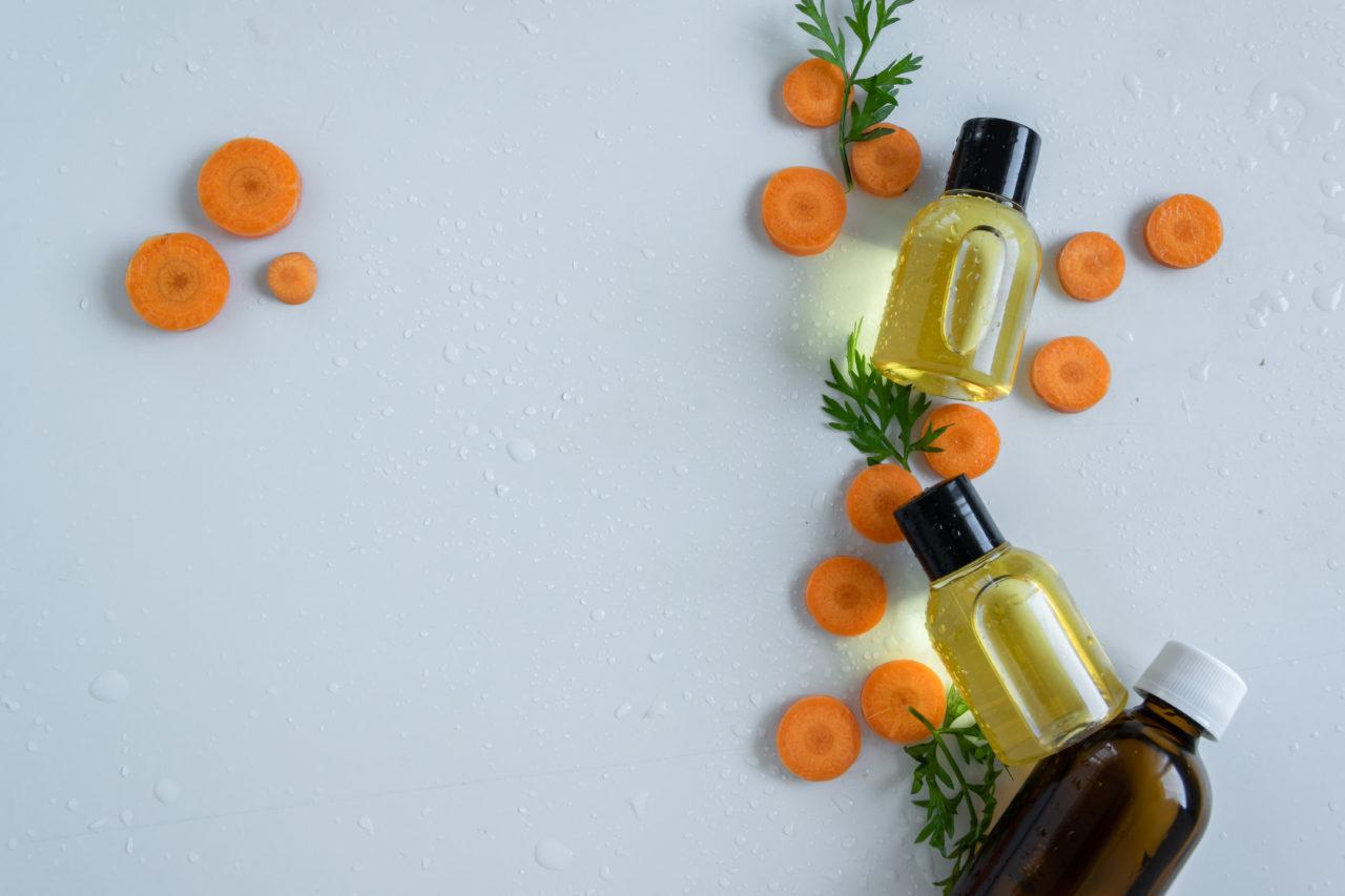 bronzage à l'huile de carotte