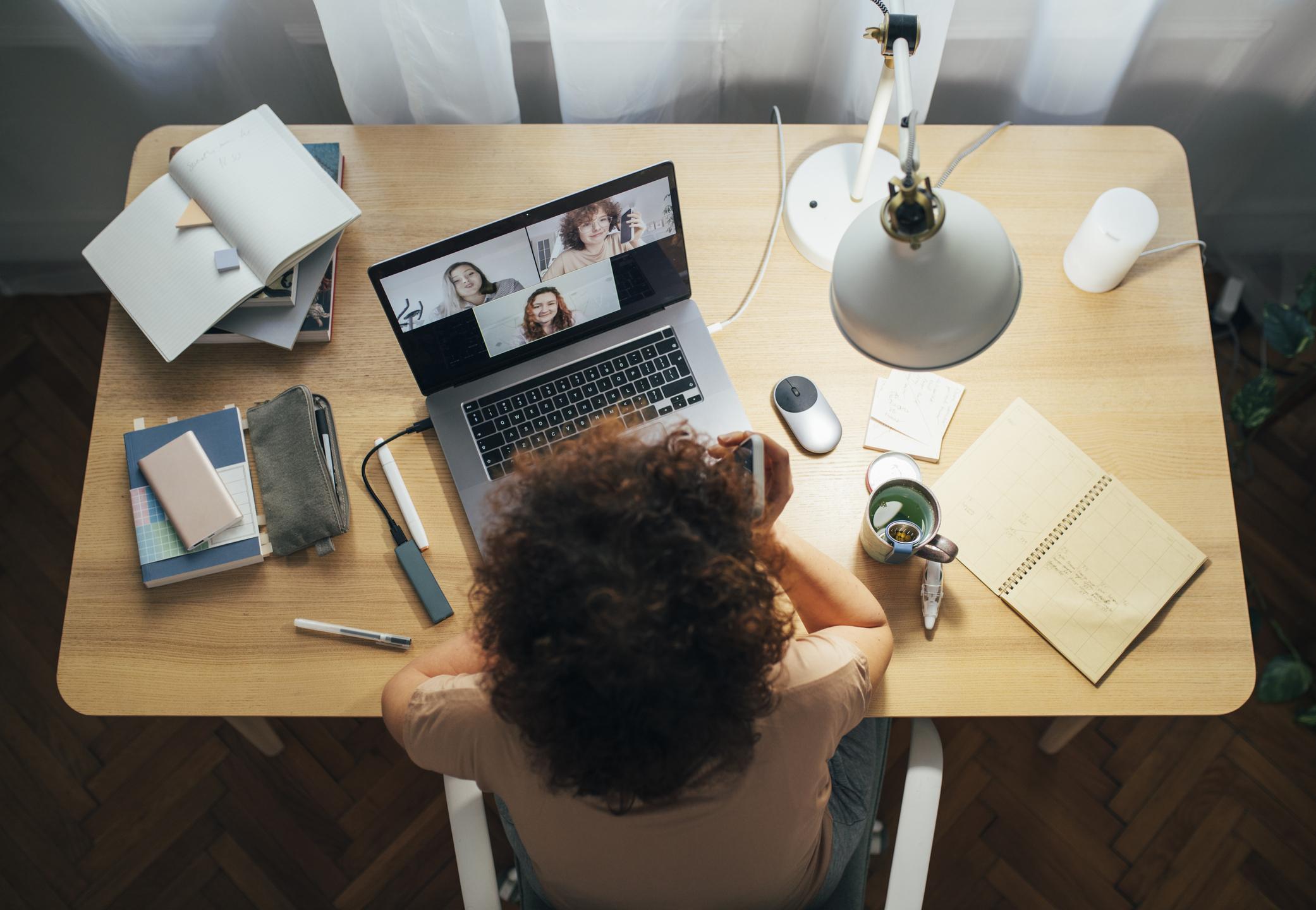 Le Télétravail invite à repenser l'expérience collaborateur au bureau