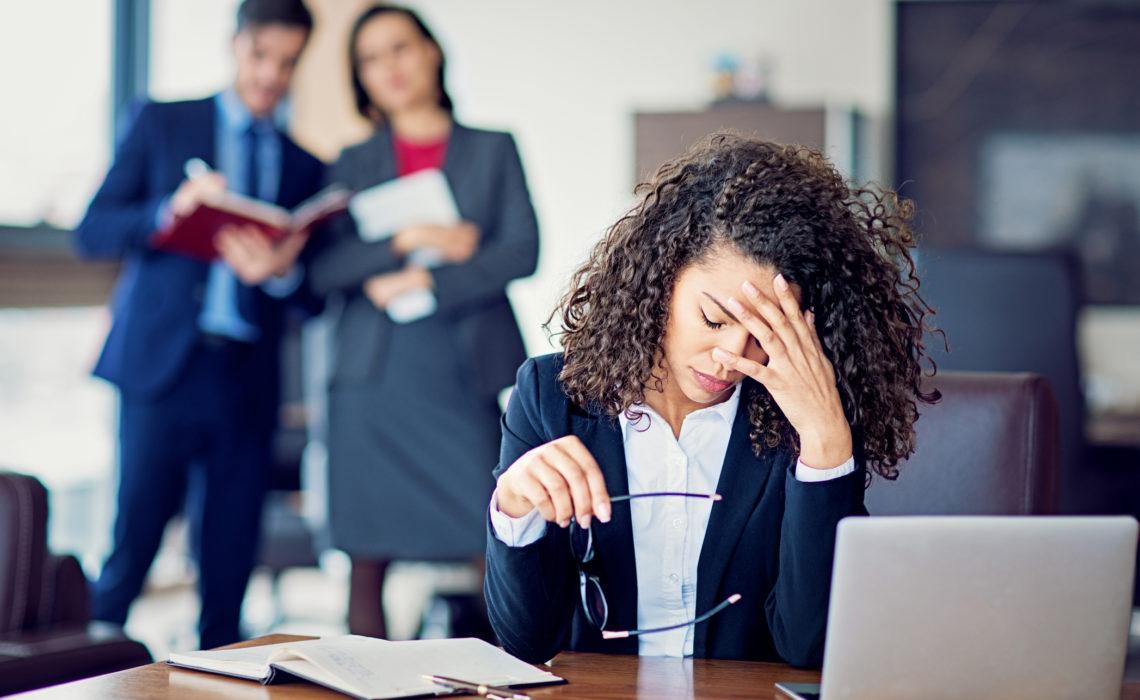 «Je ne te pensais pas si fragile»: le récit glaçant d'un harcèlement au travail