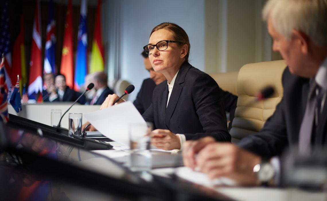 La proportion de femmes parlementaires dans le monde atteint un niveau historique