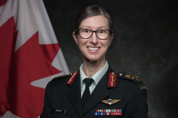 Le Canada féminise son commandement militaire